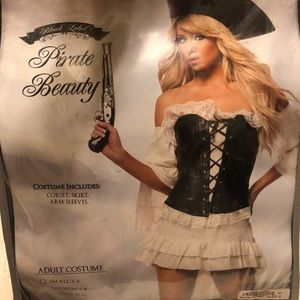 Medium female pirate Halloween costume